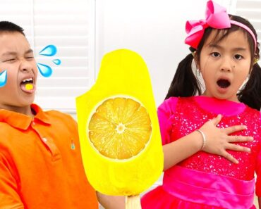 Jannie Pretend Play Making Real Healthy Popsicle Ice Cream with
